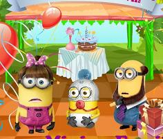 Play Minion Family Birtday Party Game