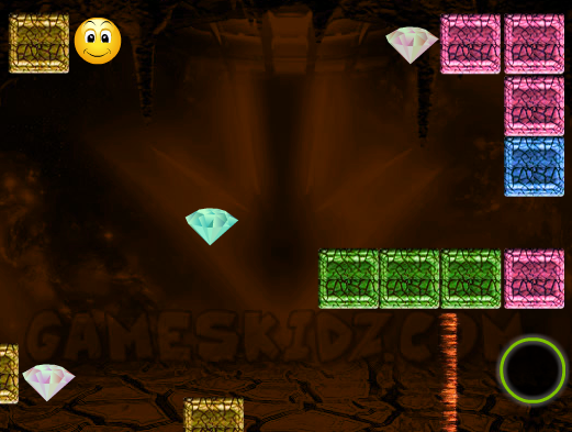 Play Smiley Adventure Game