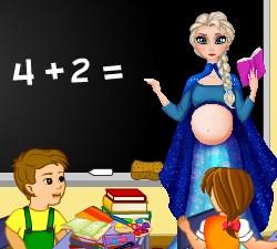 Play Pregnant Elsa School Teacher Game